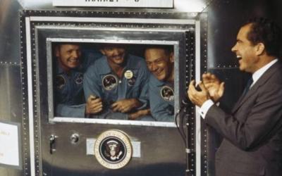 Και οι αστροναύτες του Apollo 11 μπήκαν σε καραντίνα